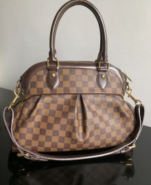 AUTHENTIC LOUIS VUITTON DAMIER EBENE TREVI PM LJ4160